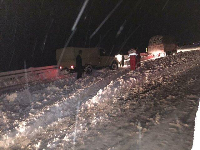 امدادرسانی به ۷۲۲ نفر گرفتار در برف و کولاک کردستان