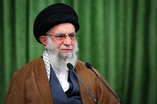 پیام رهبر انقلاب درپی ترور شهید محسن فخریزاده: عاملان ترور شهید را مجازات و تلاشهای او را ادامه دهید