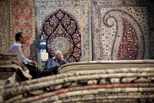 زنگ خطر واگذاری بازارهای فرش دستباف ایرانی به کشورهای رقیب