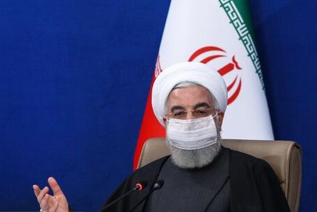روحانی: فعالان سیاسی اظهارنظر اقتصادی را با اظهارنظر سیاسی یکسان نپندارند