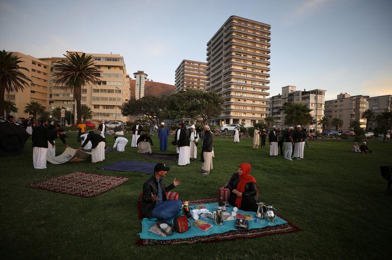 انتظار برای اعلام رمضان در آفریقای جنوبی