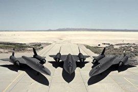 هواپیمایی که از 4000 موشک فرار کرد و با خط کش طراحی شد!(+عکس)