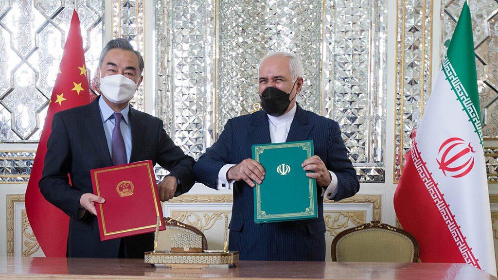 کارشناس ترکیه ای: توافق همکاری جامع 25 ساله چین و ایران برگ برنده آمریکا را بی اثر می کند