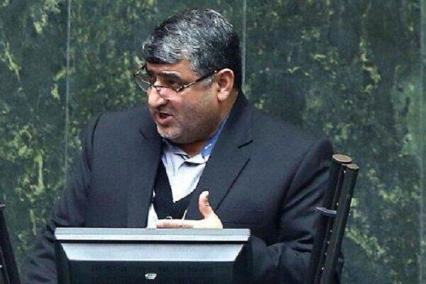 نماینده مجلس: مرکز پژوهش های مجلس اطلاعات سوخته در اختیار نمایندگان قرار داده است