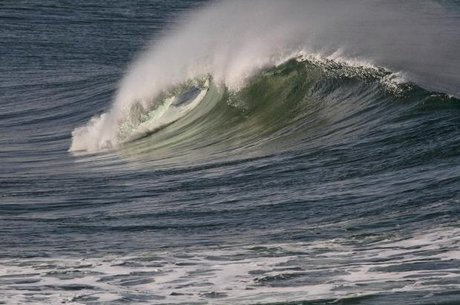 هشدار هواشناسی درباره افزایش ارتفاع موج تا ۱.۵ متر در دریای خزر
