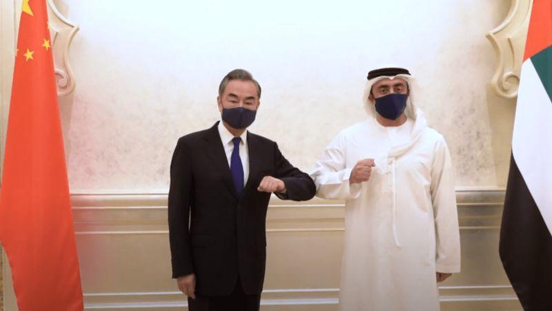 طرح تولید واکسن چینی  در امارات/ زندگی 220 هزار چینی در امارات
