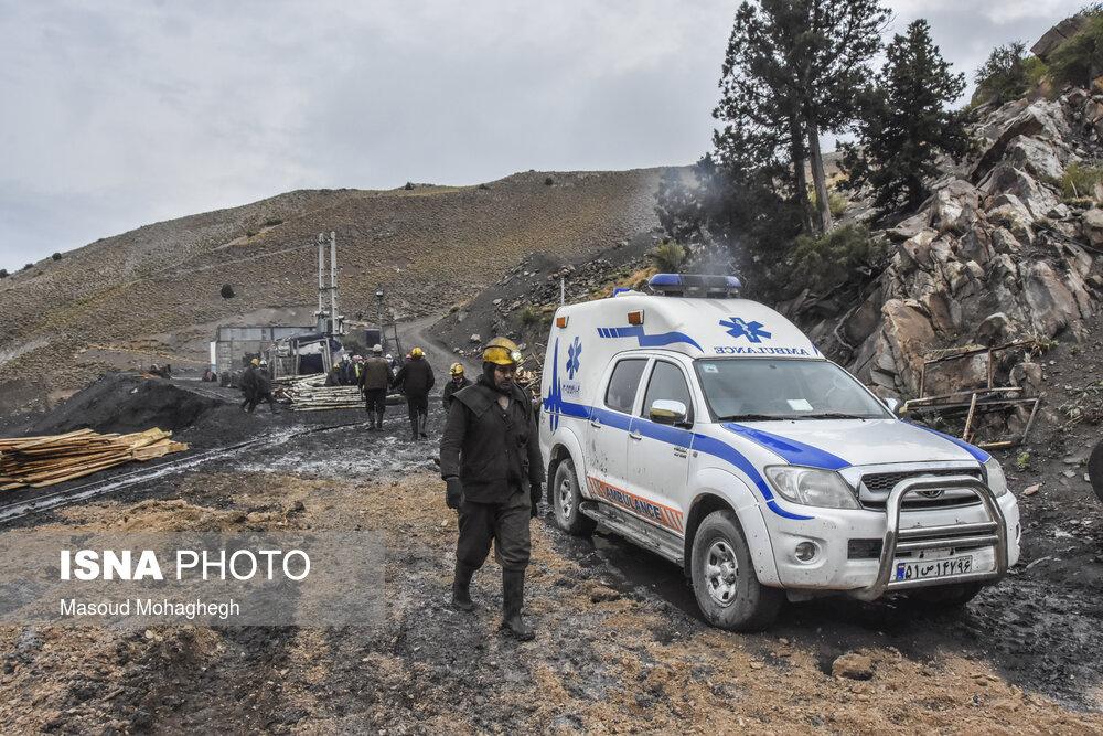 هوارسانی به داخل معدن طزره/عملیات ٨۵ ساعته برای نجات دو نفر محبوس