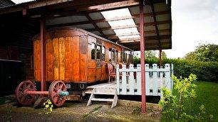 تبدیل واگن قطار قرن نوزدهم به هتلی زیبا (+عکس)