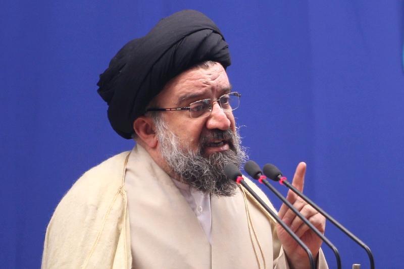 سید احمد خاتمی: مذاکره با آمریکا هیچ مشکلی از مشکلات مردم حل نخواهد شد