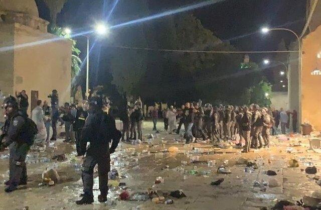 بازگشایی مسجدالاقصی پس از درگیری های شبانه با بیش از ۲۰۰ زخمی