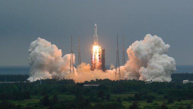 سیانان: بقایای موشک چینی در ترکمنستان فرود میآید/ محل فرود دریا نیست بلکه زمین است