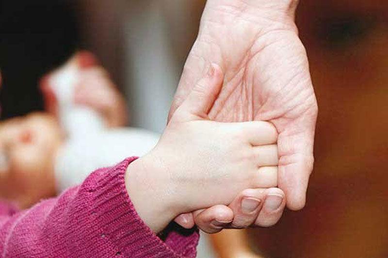 ۲۷۷ خانواده همدانی در انتظار فرزندخواندگی