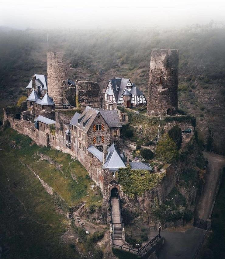 تورانت؛ قلعه 842 ساله! (عکس)