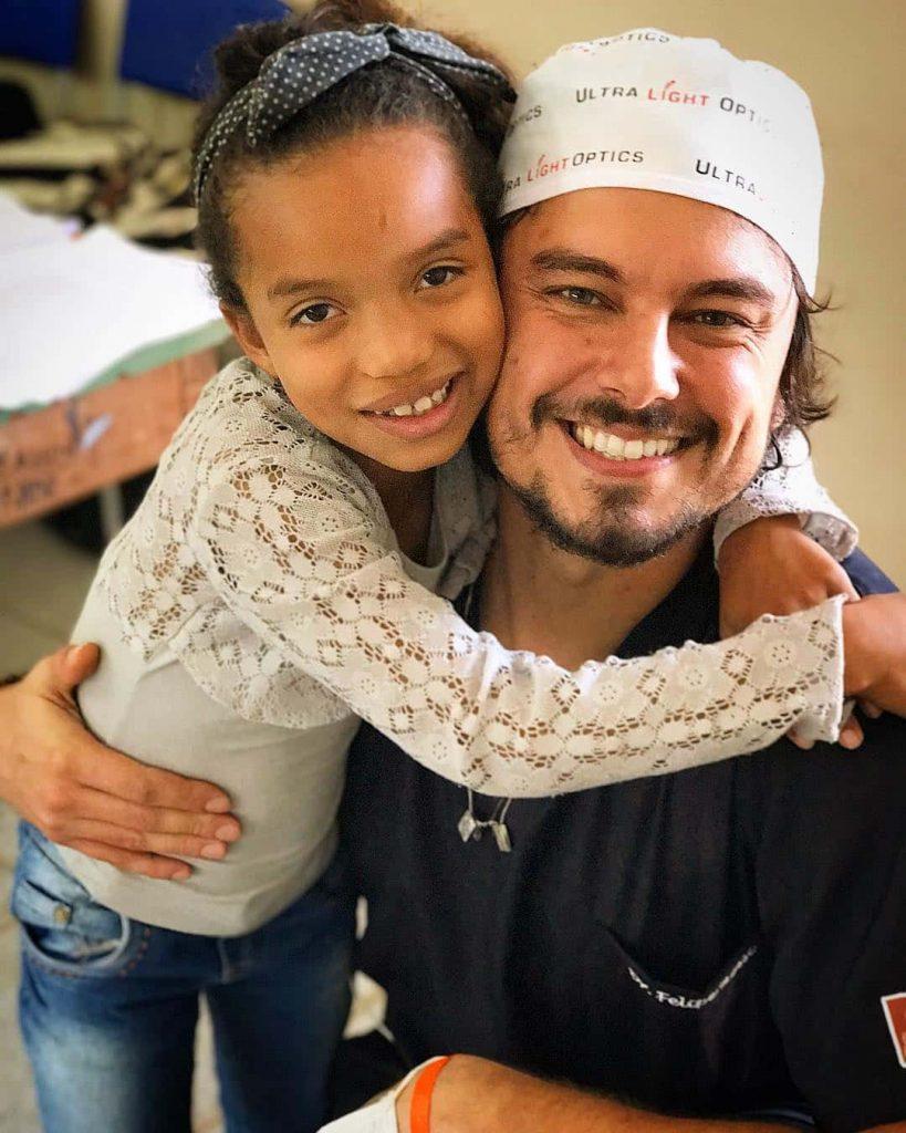 فیلیپ روسی؛ دندانپزشکی که خالق لبخندهای زیبا است! (+عکس)