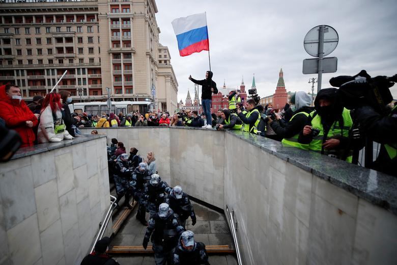 تظاهران در حایت از ناوالنی