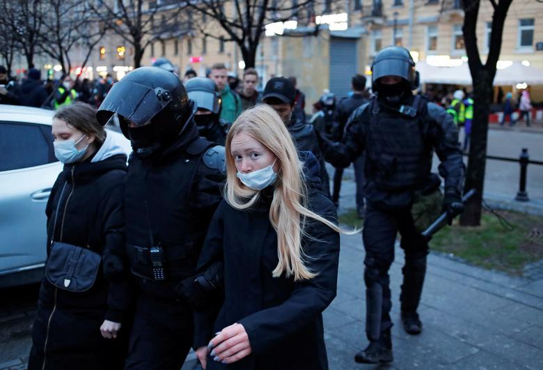 بازداشت معترضان د ر روسیه