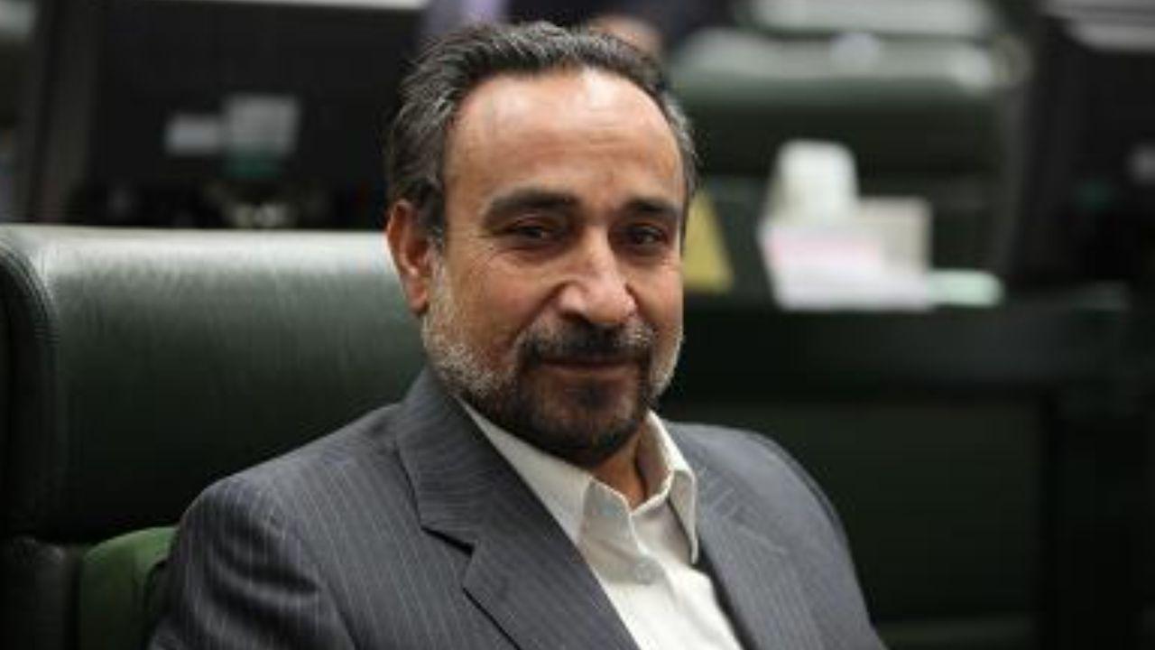 خباز: احمدی نژاد در 8 سال چه گلی به سر این ملت زد كه حالا برگشته؟