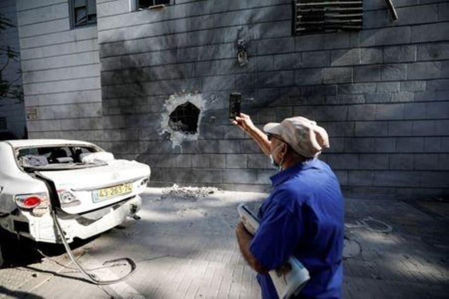 گزارش رویترز از زندگی اسرائیلیی ها زیر حملات غزه: زندگی زیر موشک، عادی نمی شود