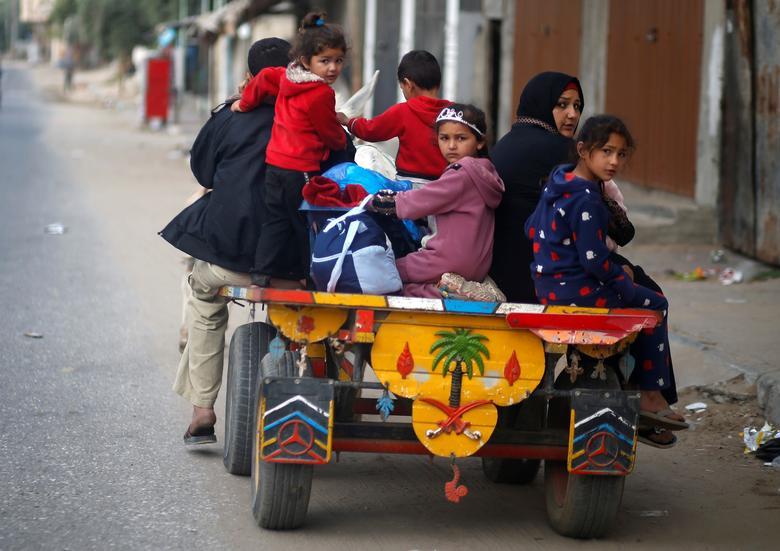 فلسطینیان آواره در غزه