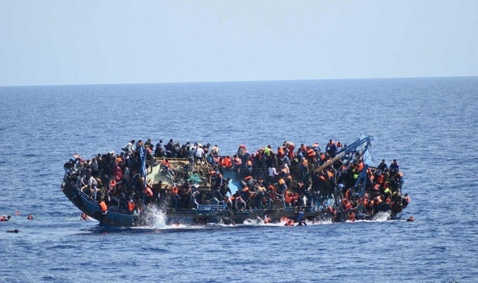 واژگونی قایق مهاجران در لیبی با ۱۳۰ سرنشین