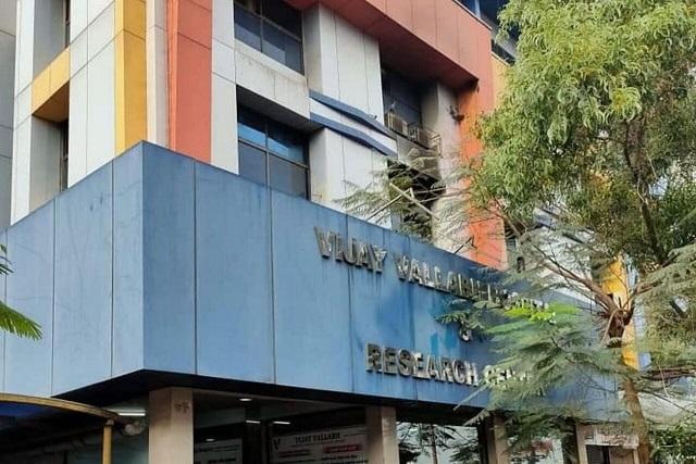 هند/ آتش سوزی در یک بیمارستان، ۱۳ بیمار کرونا را به کشتن داد