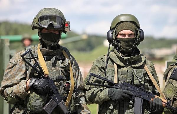عقبنشینی سربازان روسیه از مرز با اوکراین