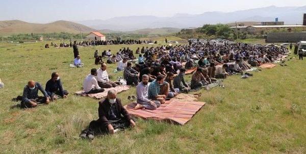 چشم انتظاری سنندجیها برای بارش رحمت الهی/ 2 هزار نفر نماز باران خواندند