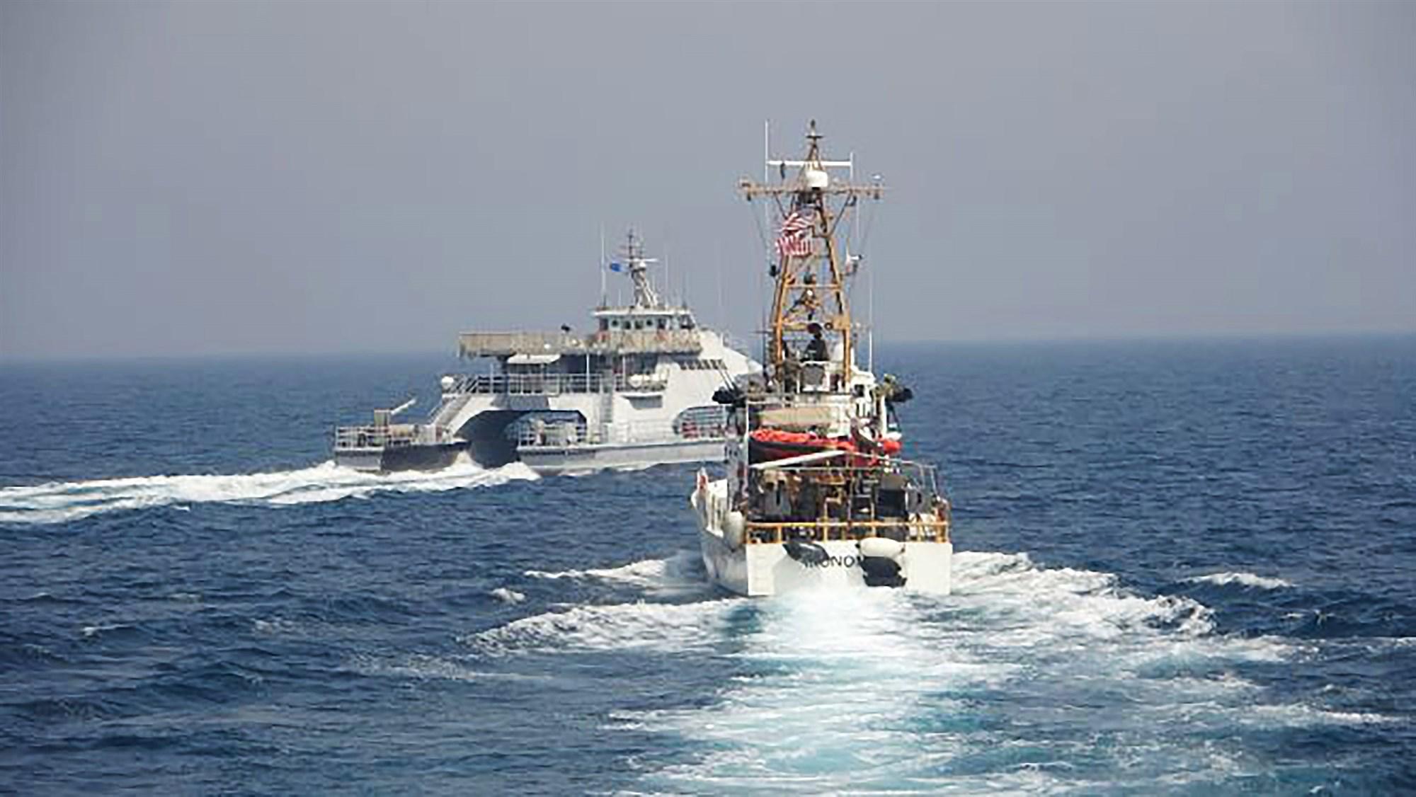 تنش دریایی بین ایران و آمریکا در خلیج فارس