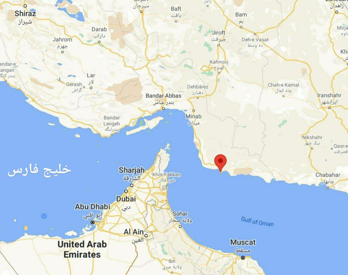 آتش سوزی در کشتی نیروی دریایی ارتش / نجات خدمه / علت اعلام نشد