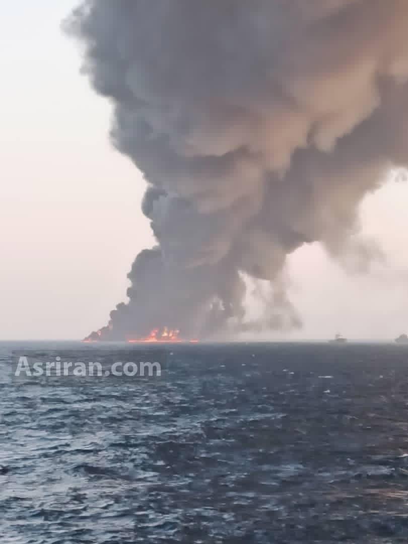 آتش سوزی در کشتی نظامی ایران/ کشتی غرق شد/ نجات همه کارکنان / مصدومیت و بستری تعدادی از خدمه