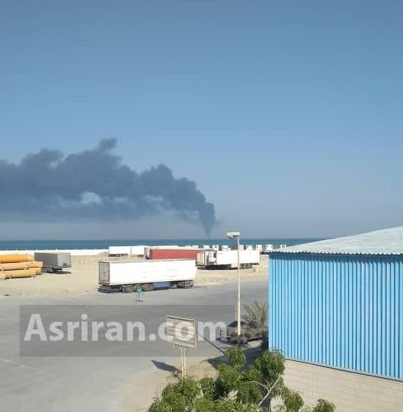 آتش سوزی در کشتی نظامی ایران/ کشتی غرق شد/ نجات همه کارکنان / مصدومیت و بستری تعدادی از خدمه (+عکس و فیلم)