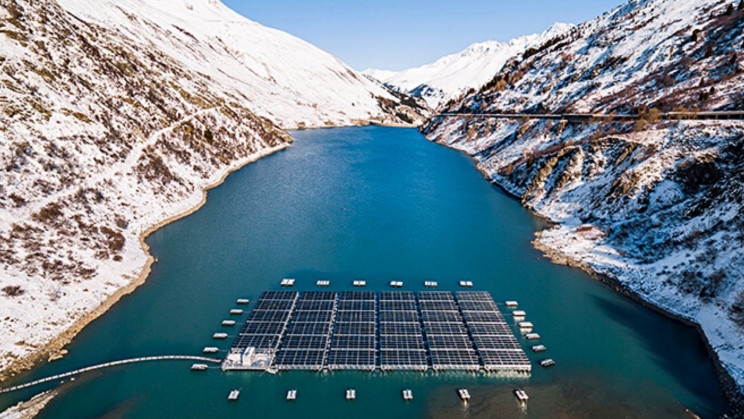 معرفی نخستین مزرعه خورشیدی کوهستانی جهان