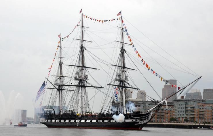 یواساس کانستیتوشن؛ قدیمی ترین کشتی در حال ماموریت جهان!(عکس)