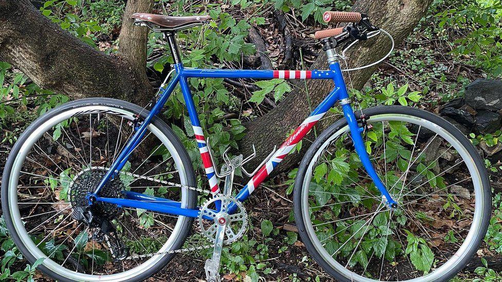 هدیه جو بایدن به نخست وزیر بریتانیا؛ دوچرخه!