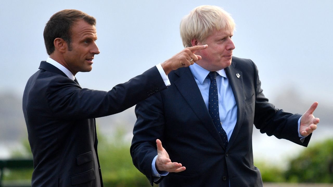 خشم نخست وزیر انگلیس از اینکه ماکرون ایرلند شمالی را بخشی از بریتانیا ندانست