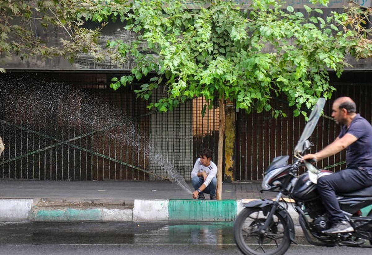 سرانه مصرف آب تهران در مرز هشدار/ یک مرحله مانده به جیره بندی/ تنظیم کولرهای آبی یعنی کاهش 300 میلیون لیتری مصرف آب تهران