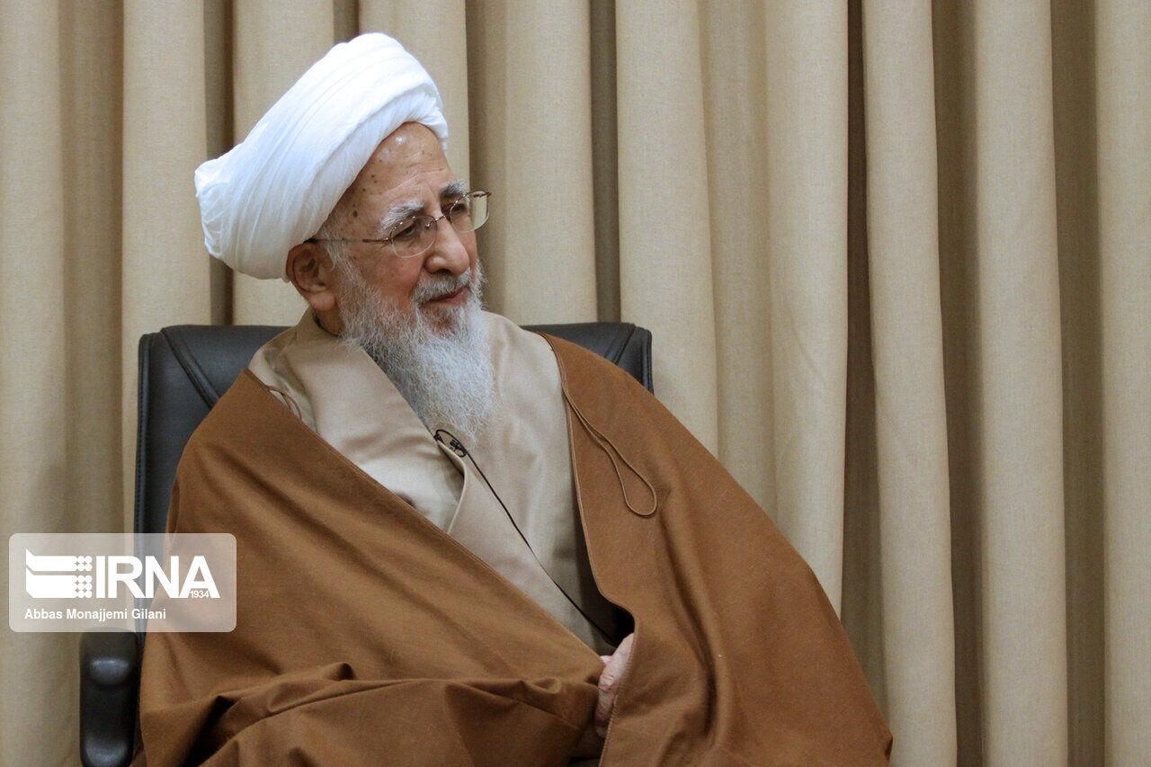 آیت الله جوادی آملی: هر اقدامی که موجب تضعیف نظام شود، حرام است