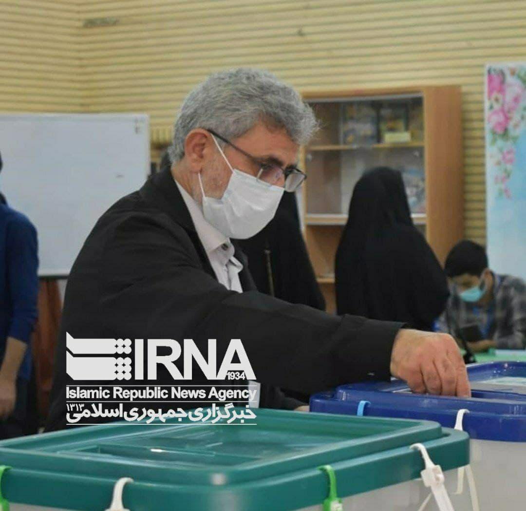 لحظه رای دادن فرمانده سپاه قدس/ عکس