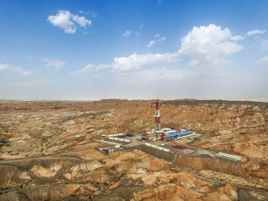 کشف یک میدان نفتی و گازی با ذخیره ۹۰۰ میلیون تنی در چین