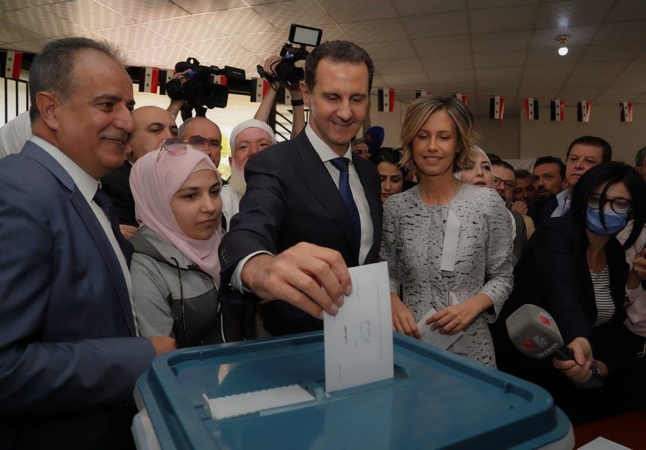 بشار اسد در حین رای دادن