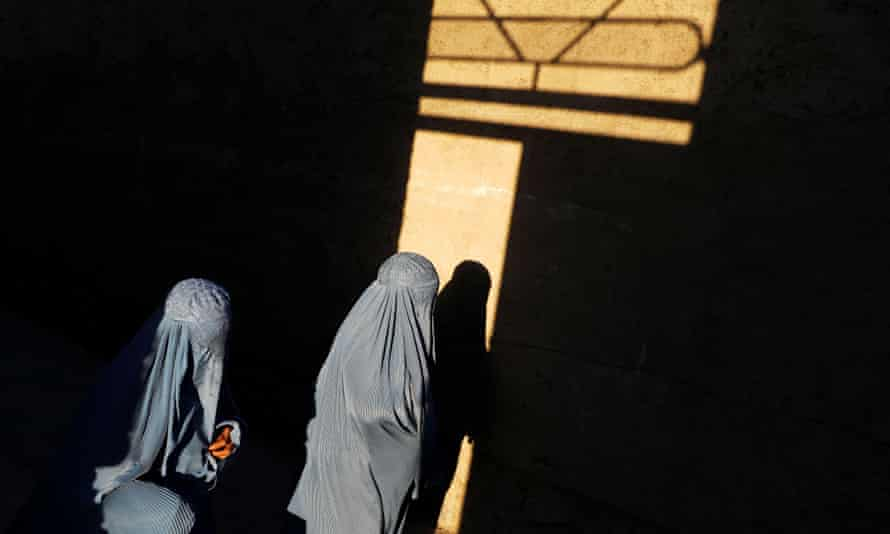 زنان افغانستان نگران بازگشت طالبان