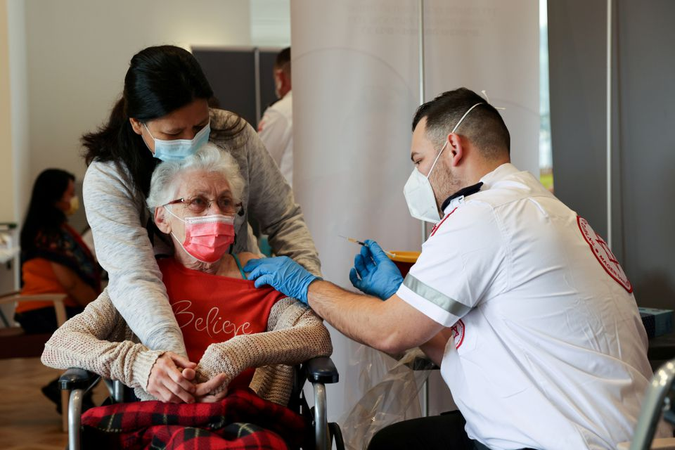 دلتا در اسرائیل؛ کاهش کارایی فایزر /تزریق مدرنا در دوز دوم