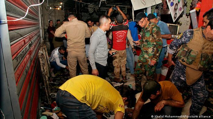 بازار منفجر شده عراق (عکس)/ هدف حمله؛ خریداران عید قربت