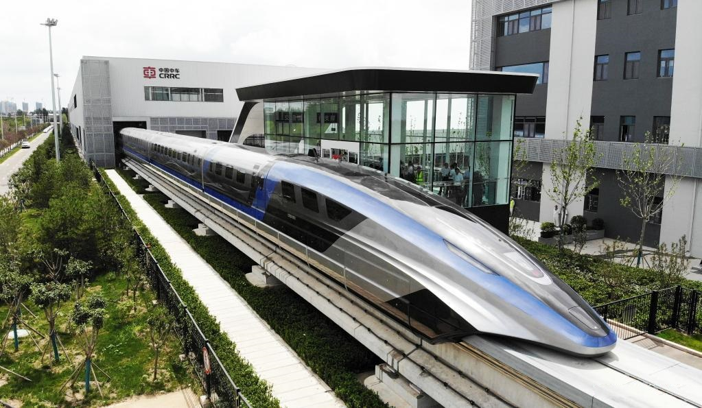 رونمایی از نخستین قطار مغناطیسی با بیشنه سرعت 600 کیلومتر در ساعت در چین