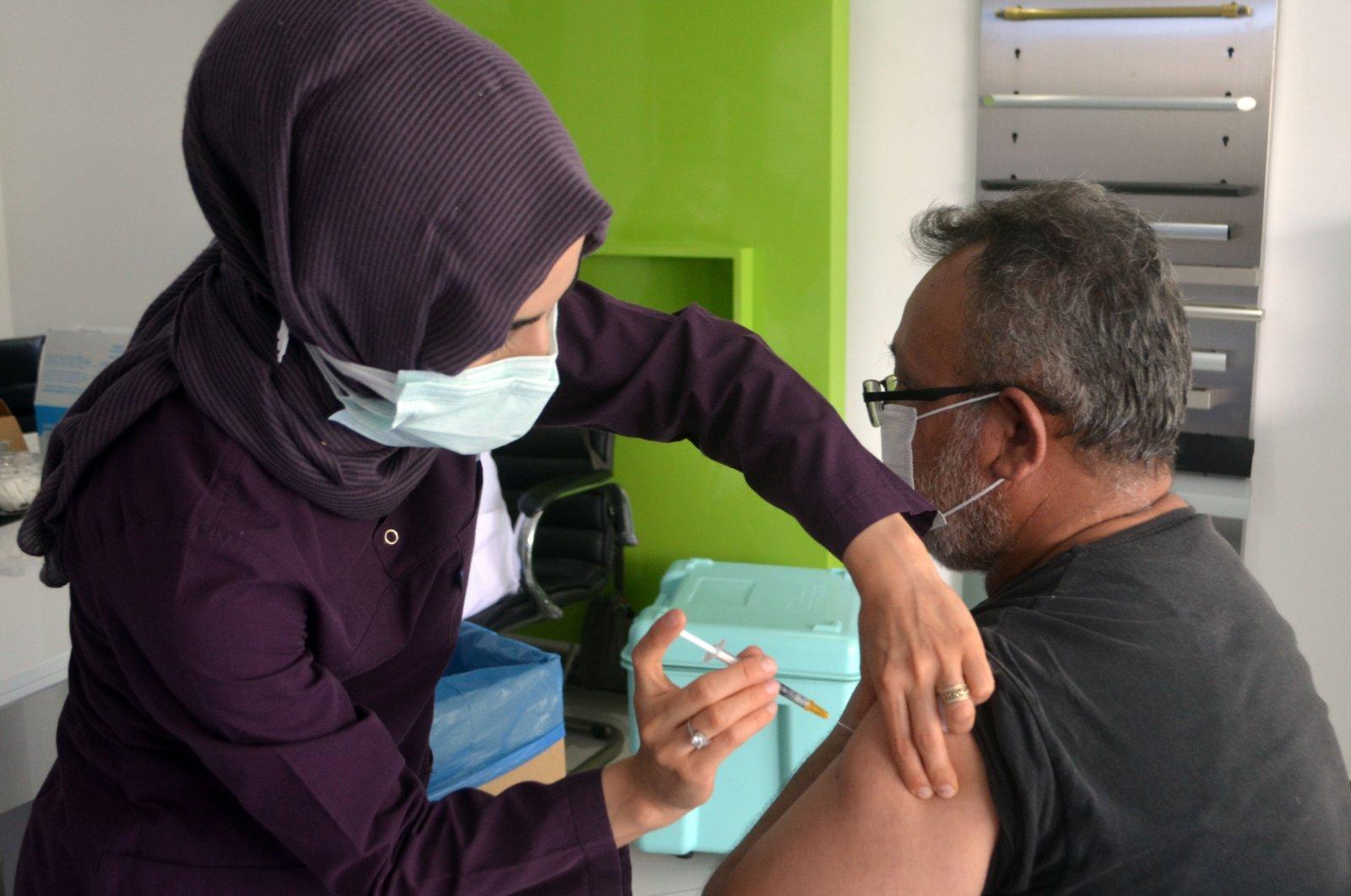 ترکیه: واکسینه شدن 54 درصد جمعیت بالای 18 سال علیه کرونا