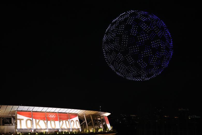 درون های مراسم افتتاحیه المپیک به شکل کره زمین