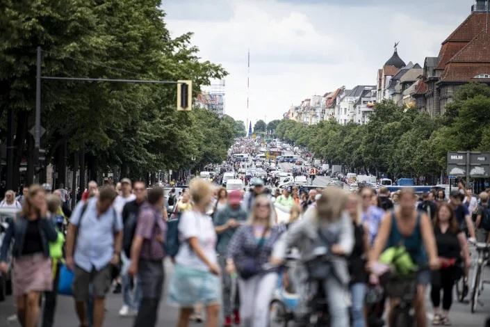 تجمع در برلین در اعتراض به محدودیت کرونایی
