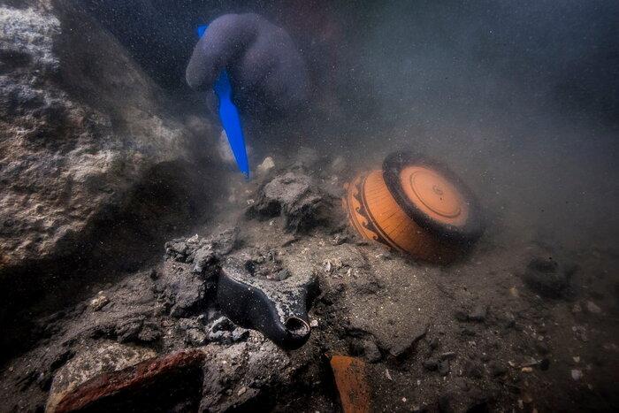 کشف یک گورستان باستانی مدفون زیر آب در مصر