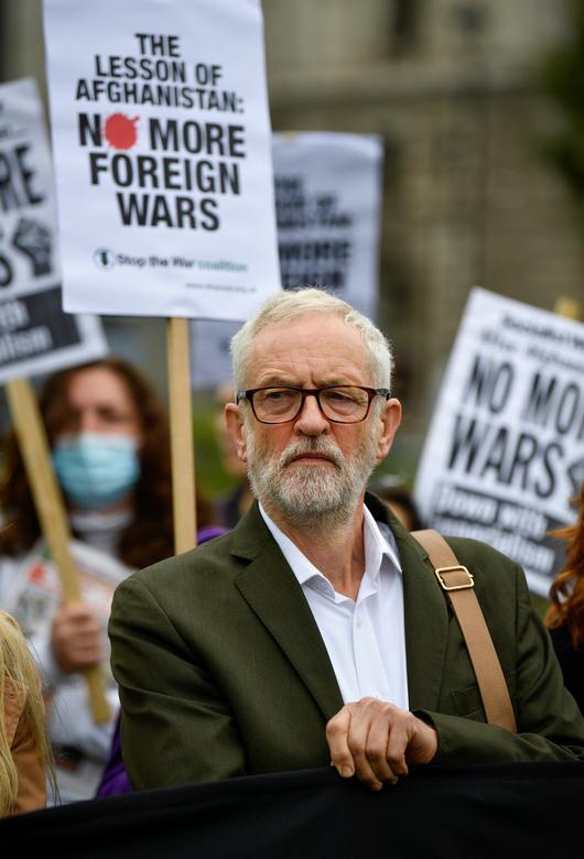 جرمی کوربین رهبر سابق حزب کارگر در تظاهرات ضد طالبان