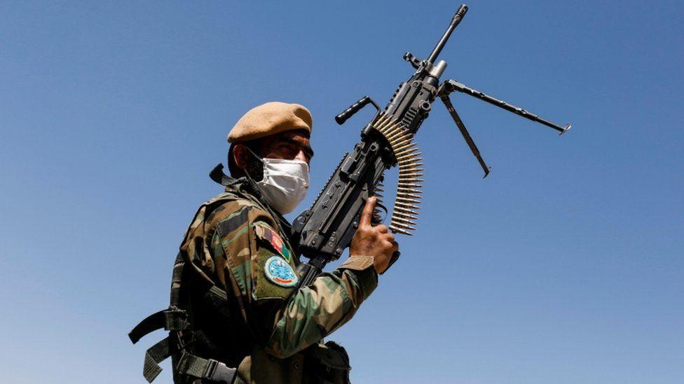 طالبان در جستوجوی نیروهای امنیتی افغانستان/ در به در، خانه به خانه